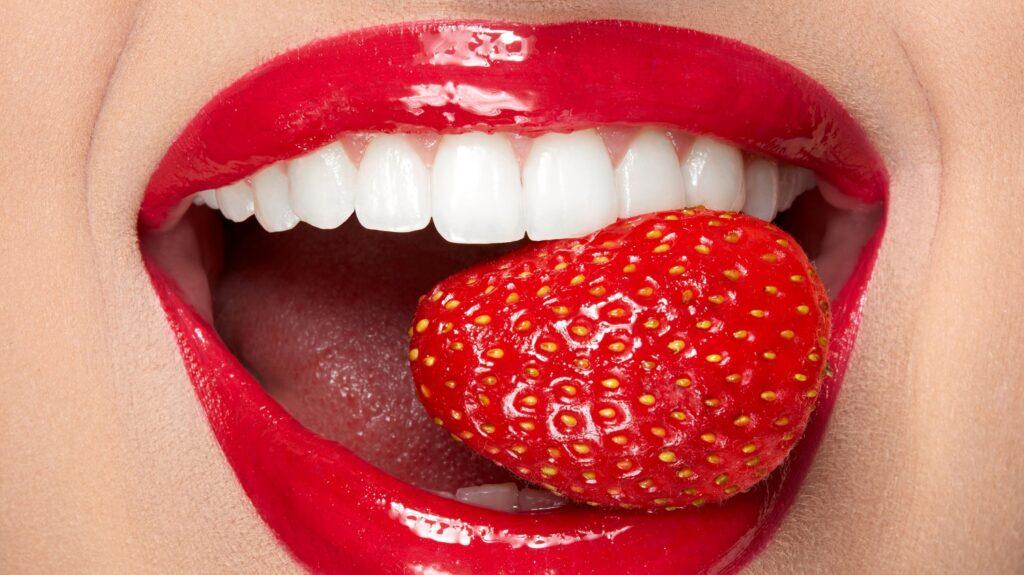 Kako Izbeliti Zube Prirodno Jagodama