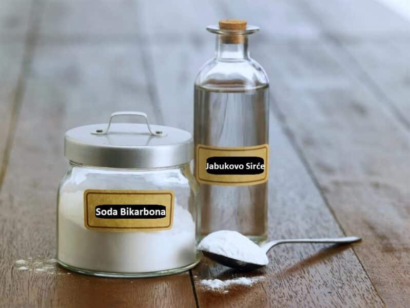 Kako Izbeliti Zube Prodono kad se koriste Soda bikarbona i sirće